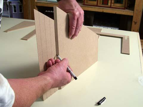 extend the marks to the back edge of the Gable Roofs using the other roof as a square